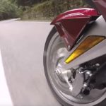 Honda Gold wing GL-1800 переднее колесо во время движения